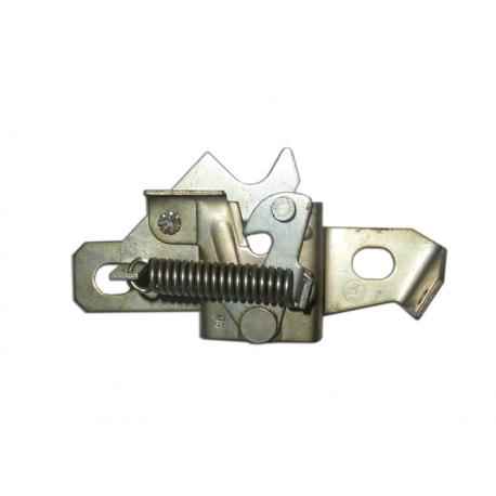 Fermeture capot moteur